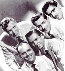 rockabilly slap bassist marshall lytle with bill haley's comets