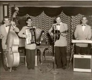 marshall lytle on acoustic bass with bill haley's saddlemen